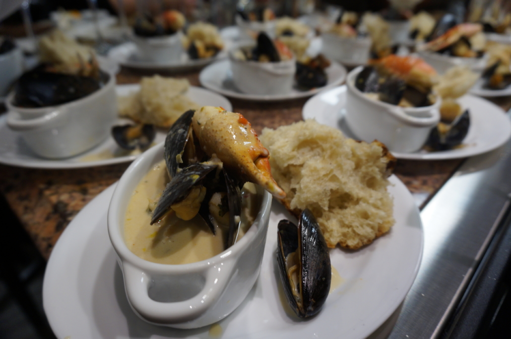 crab-seafood-chowder-catering-chefs-table