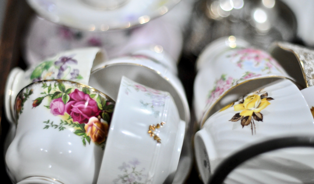 vintage-tea-cups-catering