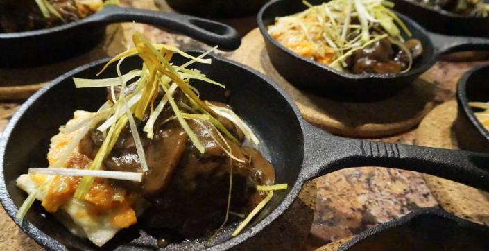 Brisket-catering-gravy